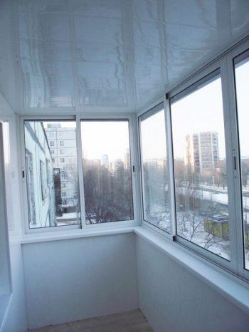 внутренняя-отделка-балкона